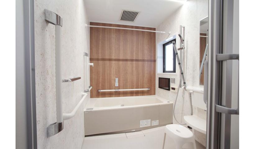 カラダもココロもあたたかい浴室の親孝行リフォーム|Panasonic